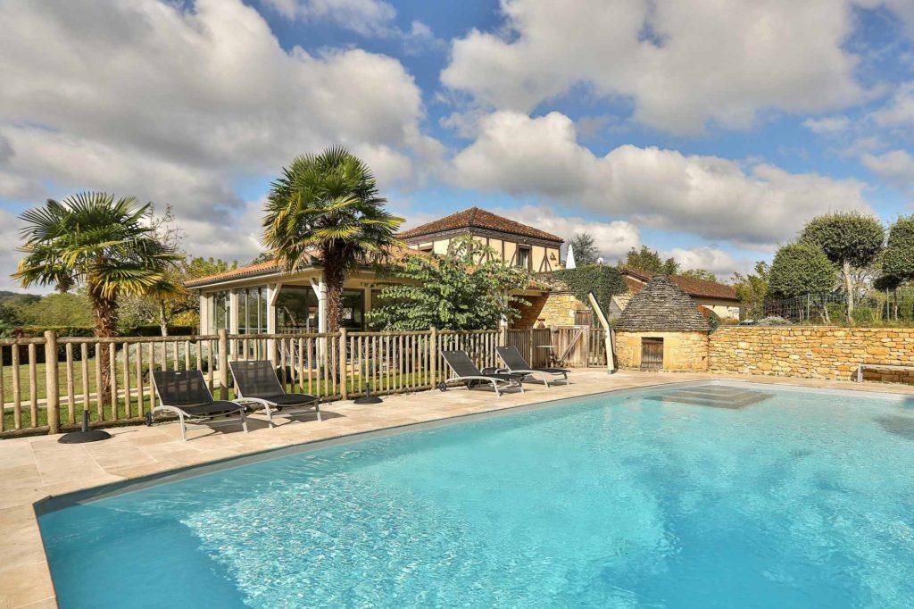 piscine de l'hôtel Mas de Castel Sarlat Périgord